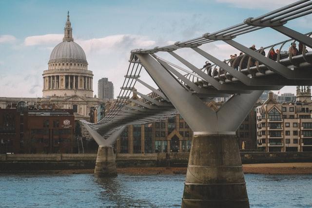 Royaume-Uni : un contrôle des investissements étrangers plus drastique